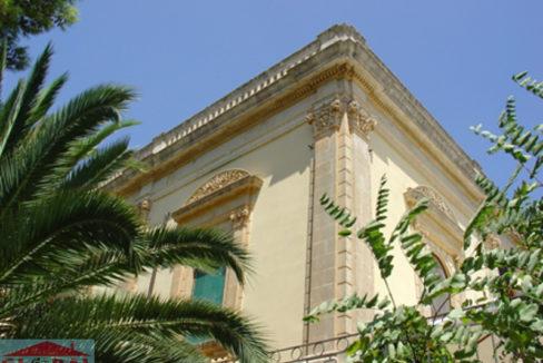 Villa dalla scala